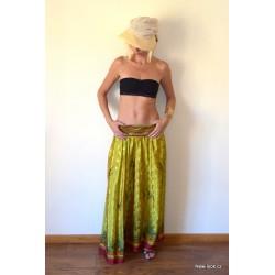 dlouhá sukně ze Srilanského sárí